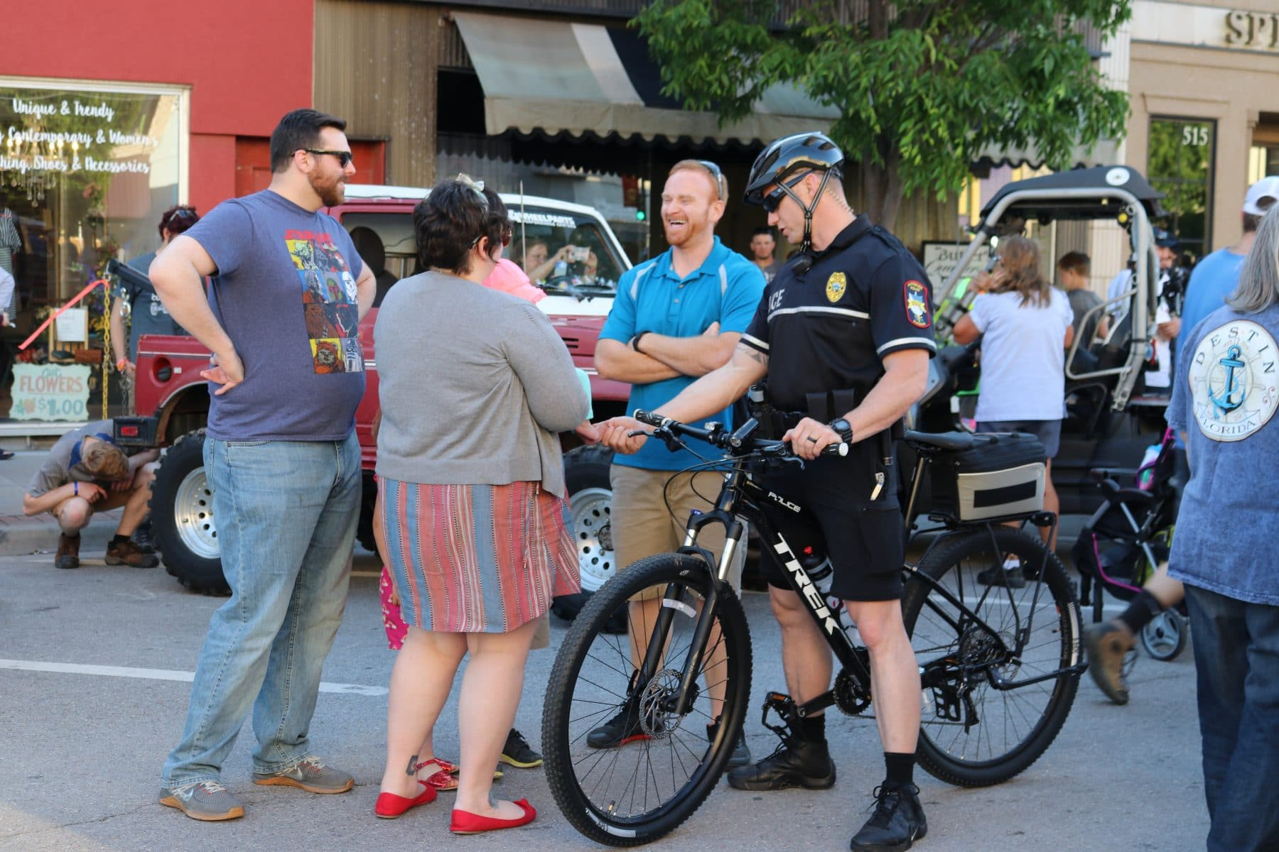 Pittsburg police roll out bicycle patrol unit