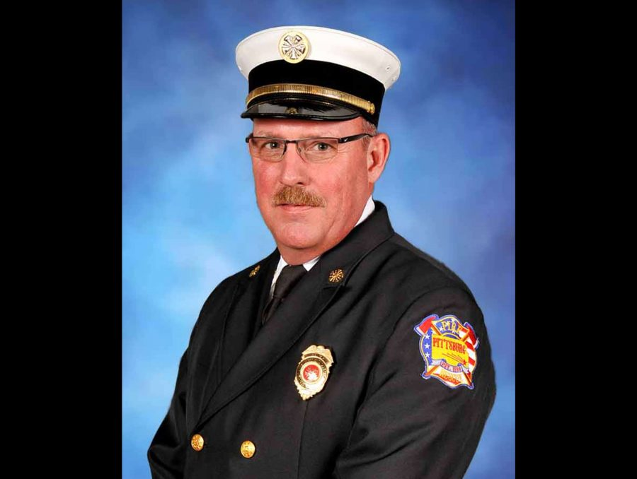 Pittsburg Fire Chief Mike Simons announces retirement